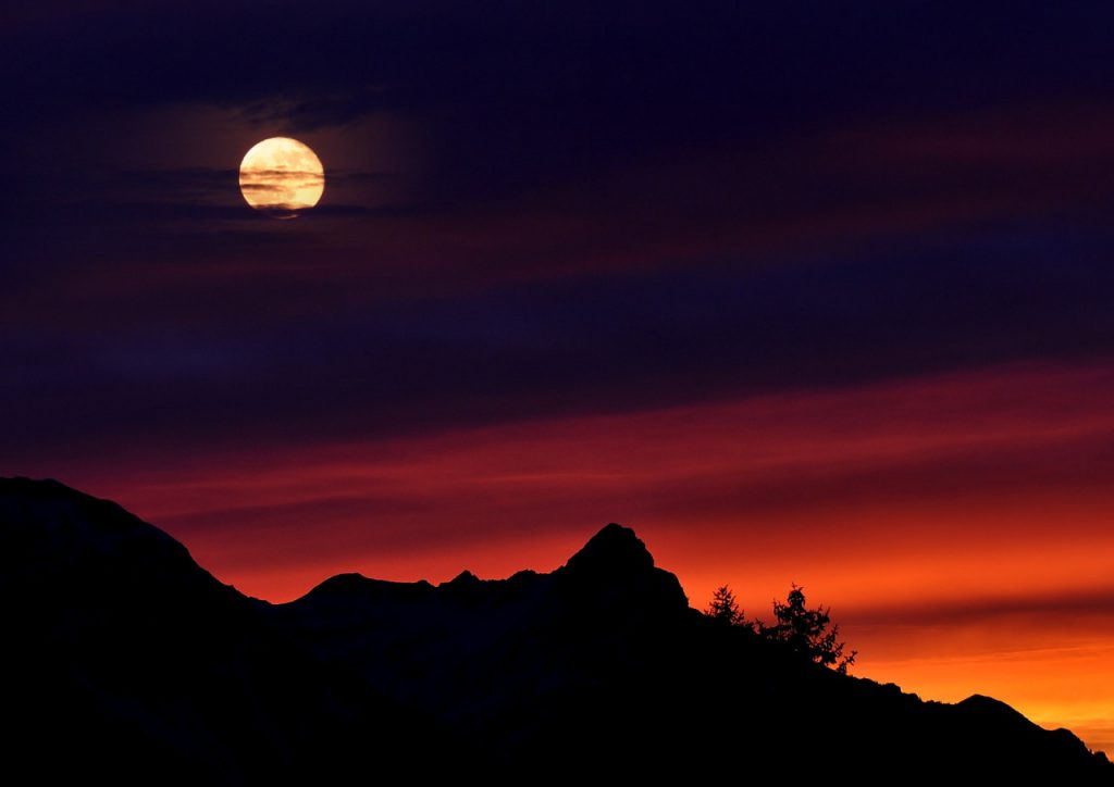 mountains-mountain-peaks-sky-sunrise-1024x724